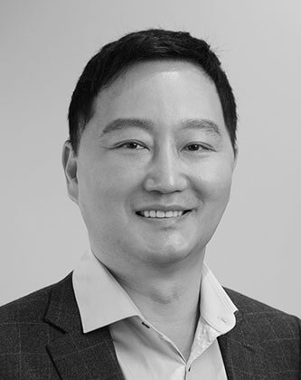 Dr. Andrew Kim Hair Transplant Surgeon at Medihair